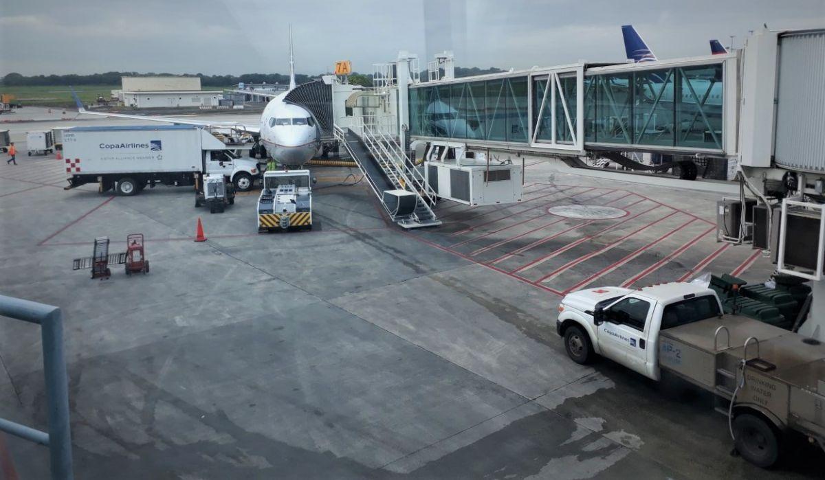 El gasto en combustible es la tercera parte de los costos de una aerolínea