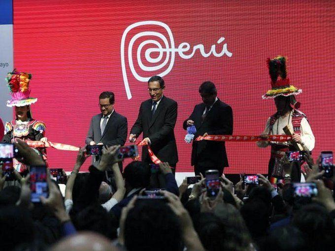 El presidente peruano Martín Vizcarra inauguró el Perú Travel Mart 2019