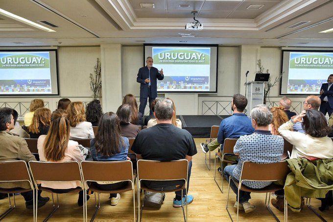 El subsecretario Liberoff en la presentación en Madrid
