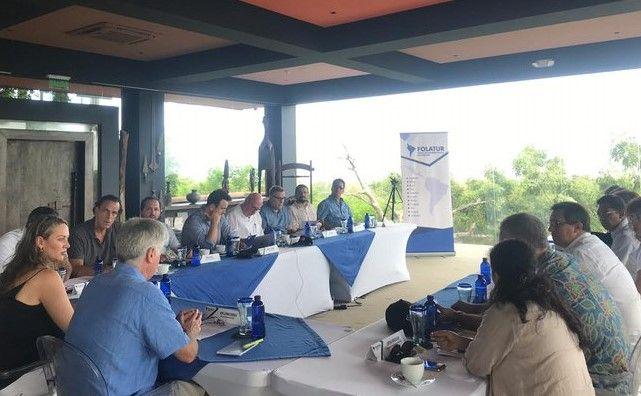Directiva de FOLATUR reunida este viernes en Barú, Colombia. Foto: ANATO