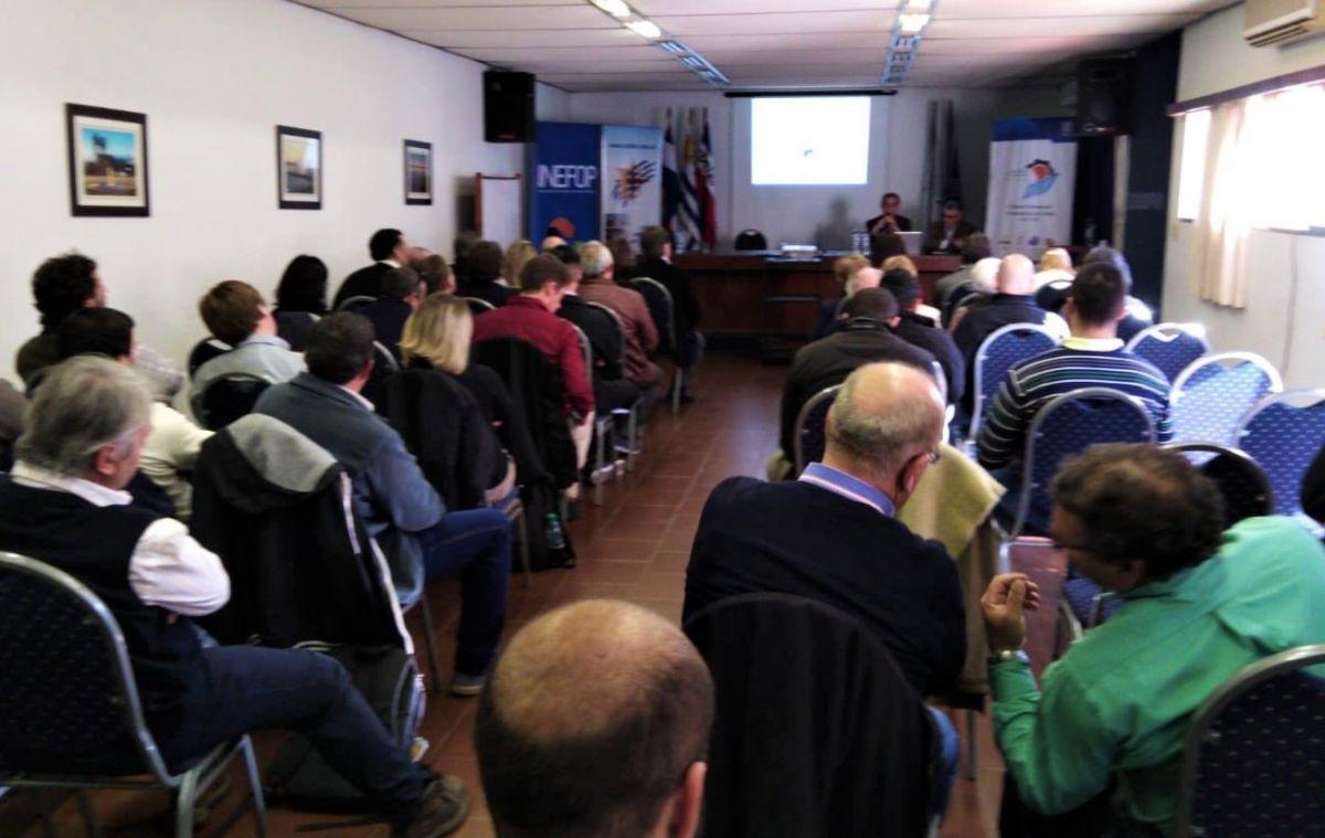Seminario Empresarial de la Cámara Uruguaya de Turismo en Salto