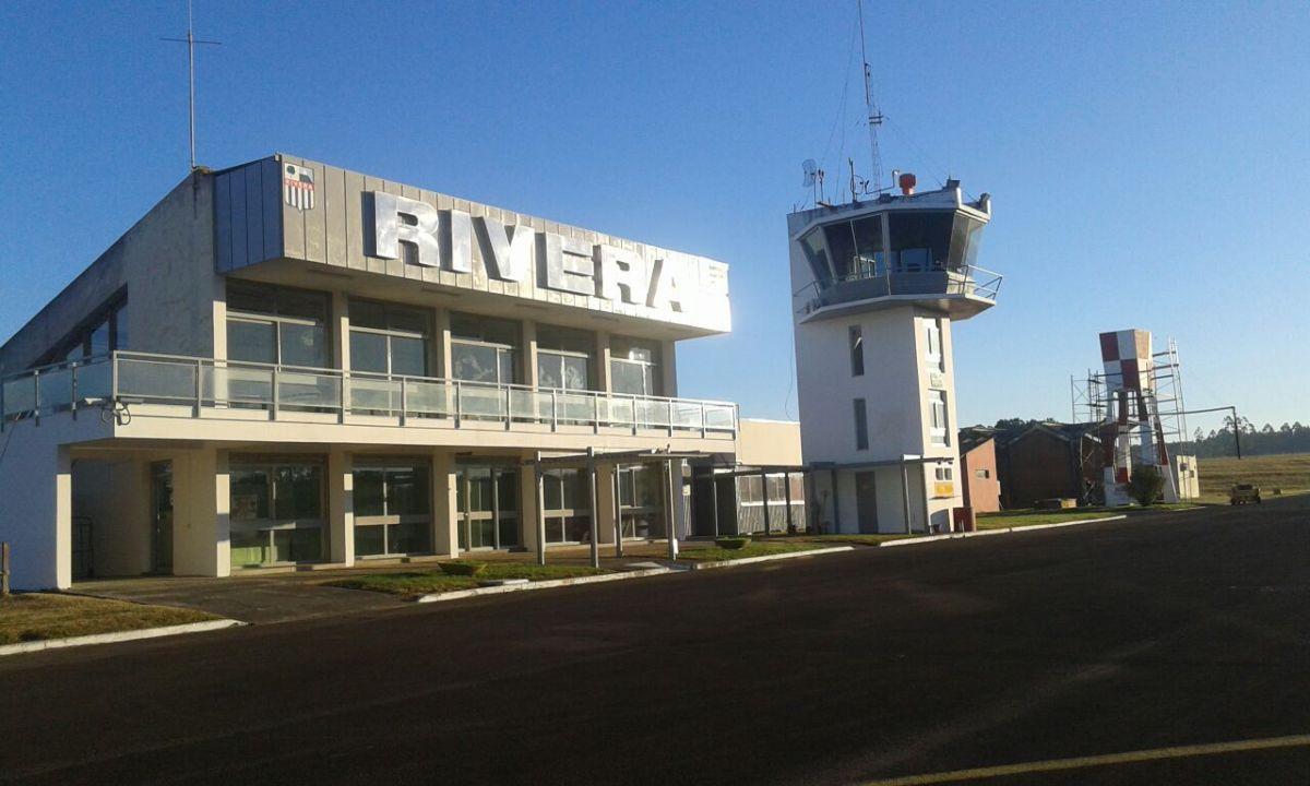 Aeropuerto binacional de Rivera, en la frontera entre Uruguay y Brasil