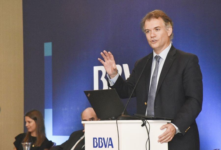 Juan Ruiz, de BBVA Research presentó el estudio 'Situación Latinoamérica
