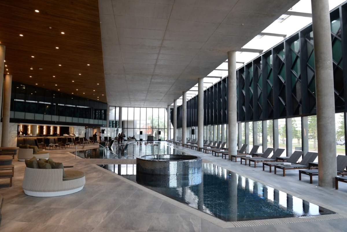 La nueva piscina cubierta es la última incorporación del resort