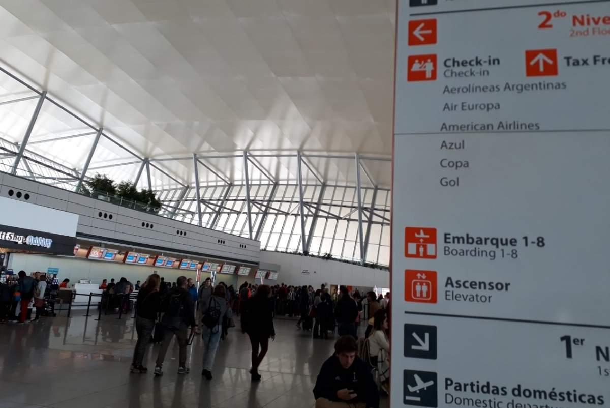 Los servicios de tierra en Carrasco y Punta del Este son más caros que en Europa afirma Aerolíneas Argentinas