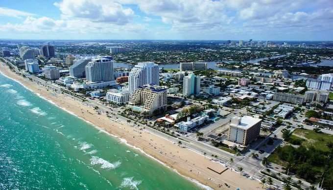 Fort Lauderdale es señalada como una de las ciudades con más probabilidades de recibir el impacto del ojo de Dorian.