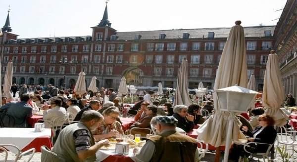 turistas en Es