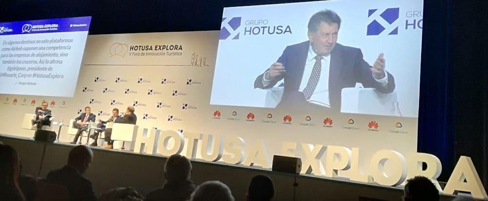 Amancio López Seijas, presidente de Hotusa, en un evento de la compañía