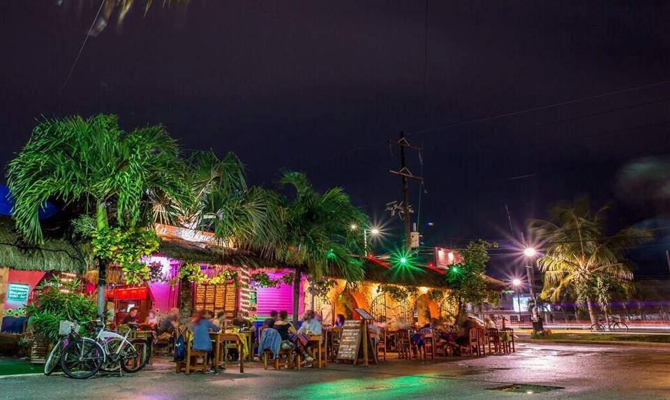Restaurante en Tulum, México