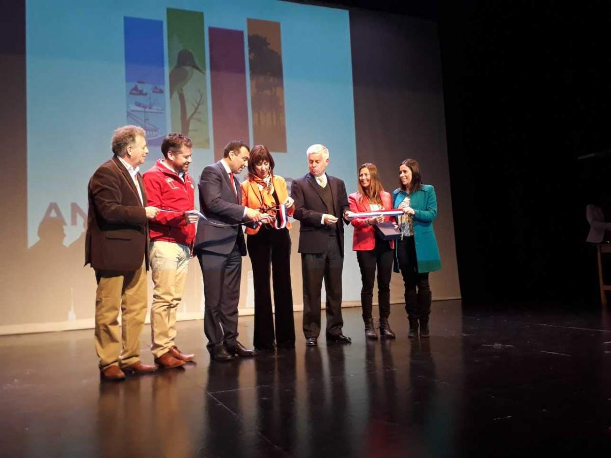 Inauguración del 41º Congreso Anual de ACHET en la ciudad de Castro, Chiloé
