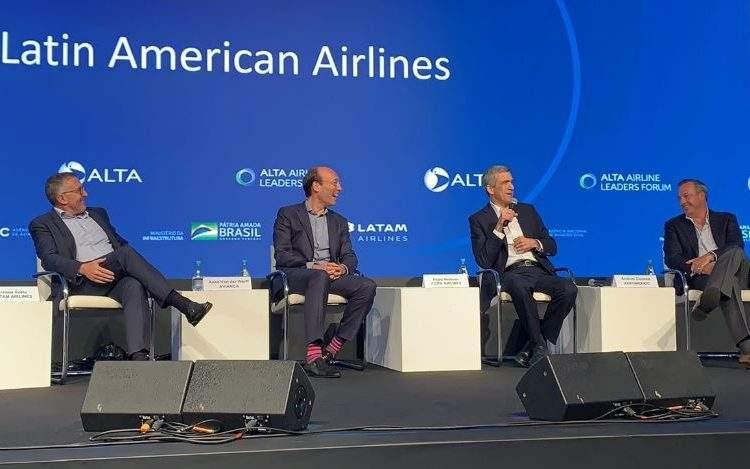 Los CEOs de LATAM Airlines, Avianca, Copa y Aeroméxico rechazan la reestructura aeropurtuaria en Ciudad de México