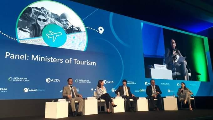 Estrechar la colaboración entre gobiernos y aerolíneas es una de las estrategias planteadas