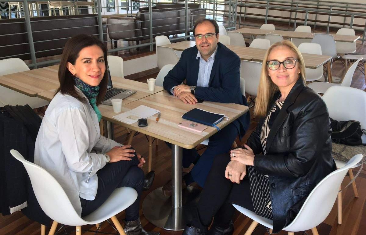 Mildred Hernández visitó en Punta del Este a Alejandro Abulafia (Centro de Convenciones) y Graciela Caffera (Bureau Punta del Este)