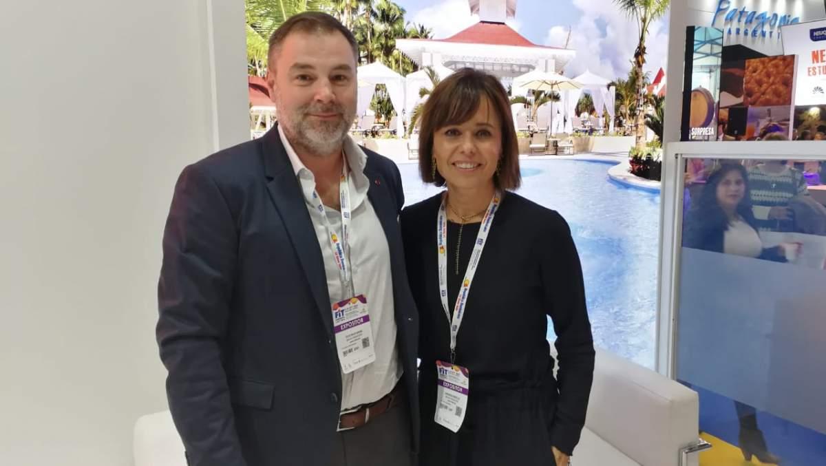 Malena Omoldi y Gustavo Mesa, de bahía Príncipe