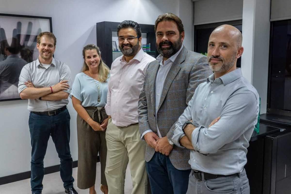 Pedro Antonio Martins Aparicio, Fabiana Andrade Carneiro y Fernando Souza Oliveira (CVC), Luis Mota (Iberostar), Juan Pablo Lafosse (Almundo)
