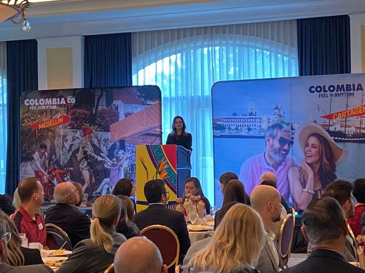 Flavia Santoro, de ProColombia, expuso ante los operadores de EEUU
