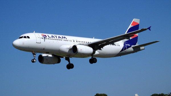Latam anunció suspensión de rutas internacionales debido al coronavirus