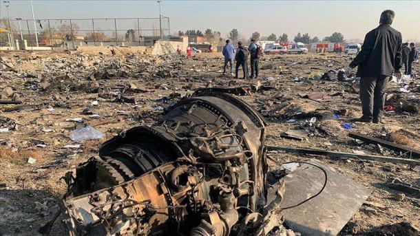 El avión se estrelló cuando regresaba al aeropuerto de Teherán