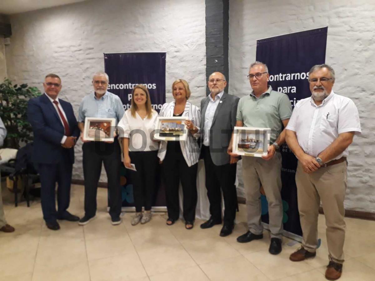 La ministra Liliam Kehichian homenajeada por la Cámara Uruguaya de Turismo