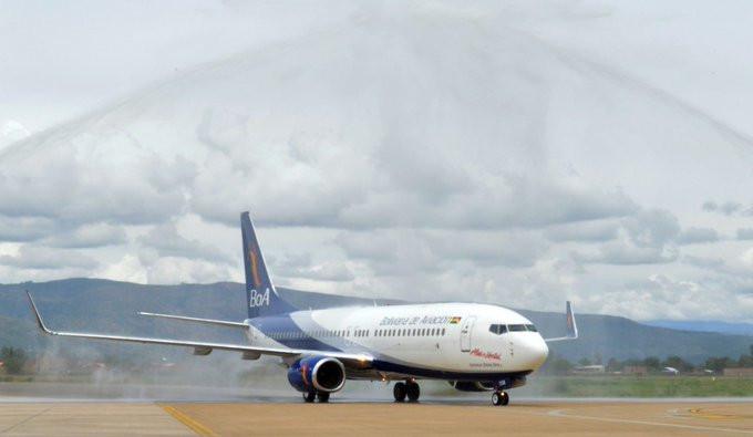 Boliviana de Aviación hizo anuncios de rutas y flota.