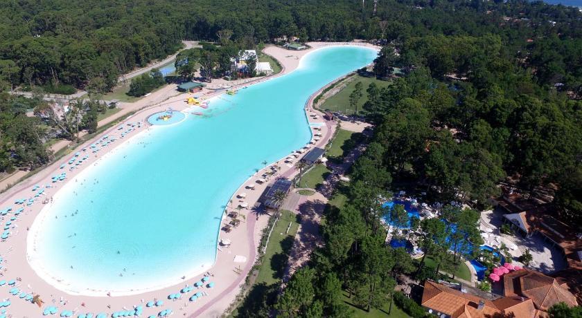 Laguna cristalina de Solanas, una inversión de casi US$ 15 millones