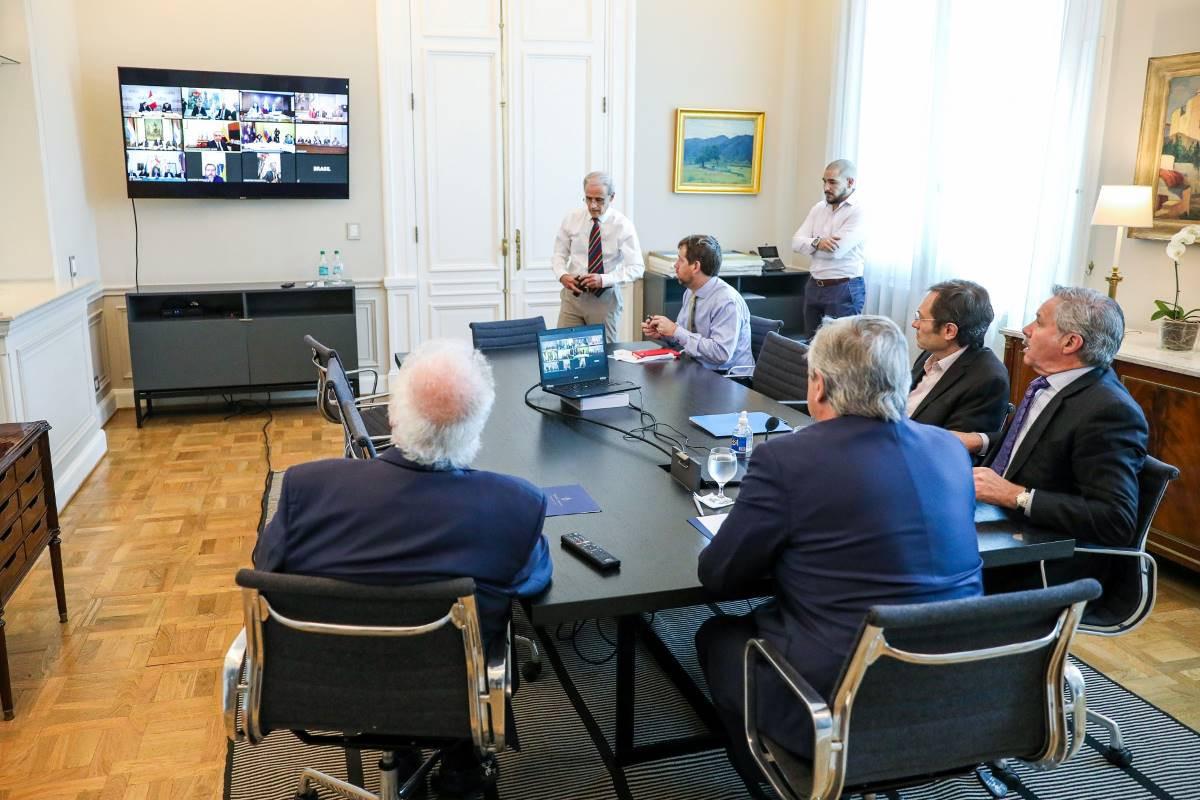 Presidentes sudamericanos en teleconferencia