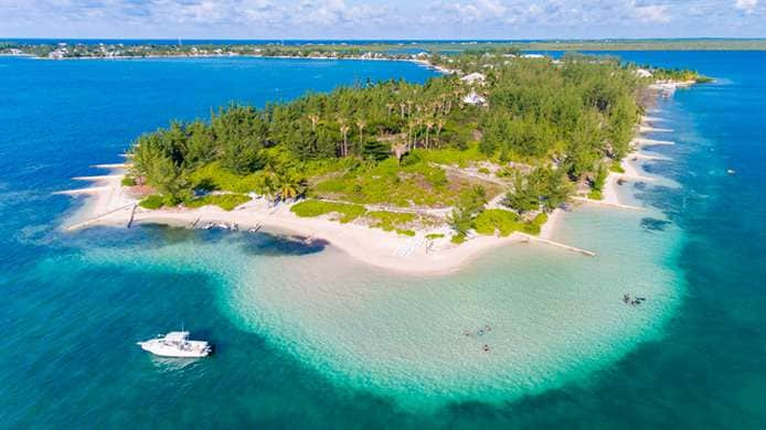 Islas Caimán marca pautas y no tiene apuro