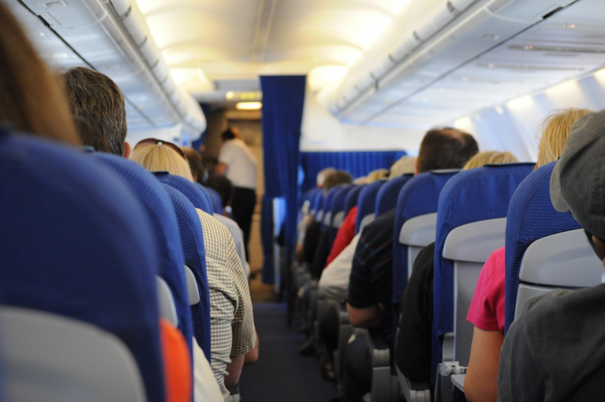 Los pasajeros deberán llevar sus propias mascarillas