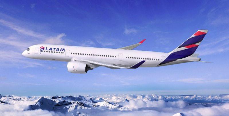 La caja de LATAM Airlines se achicará US$ 600 millones en el segundo trimestre, proyecta Fitch Ratings