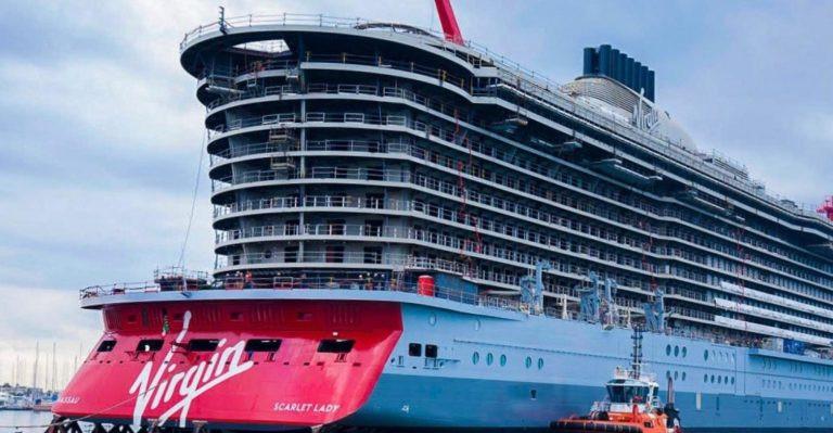 El Scarlet Lady fue botado en febrero y hará su viaje inaugural en octubre