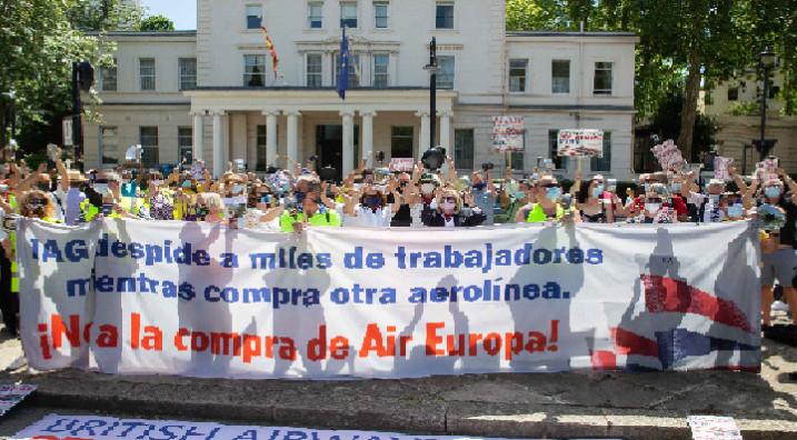 Grupo aéreo IAG pierde 3.800 millones de euros en el primer semestre