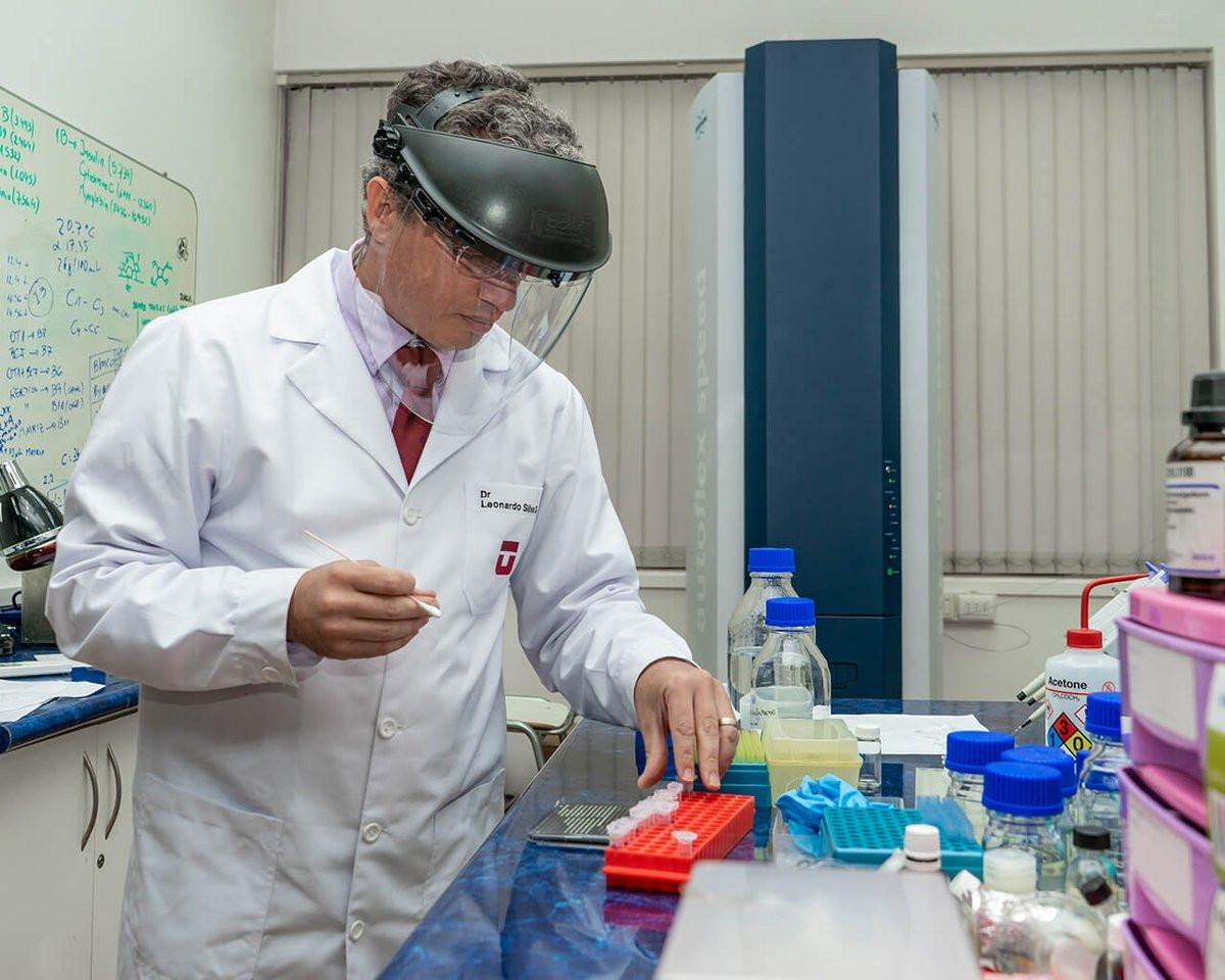 Profesor Leonardo Santos, de la Universidad de Talca