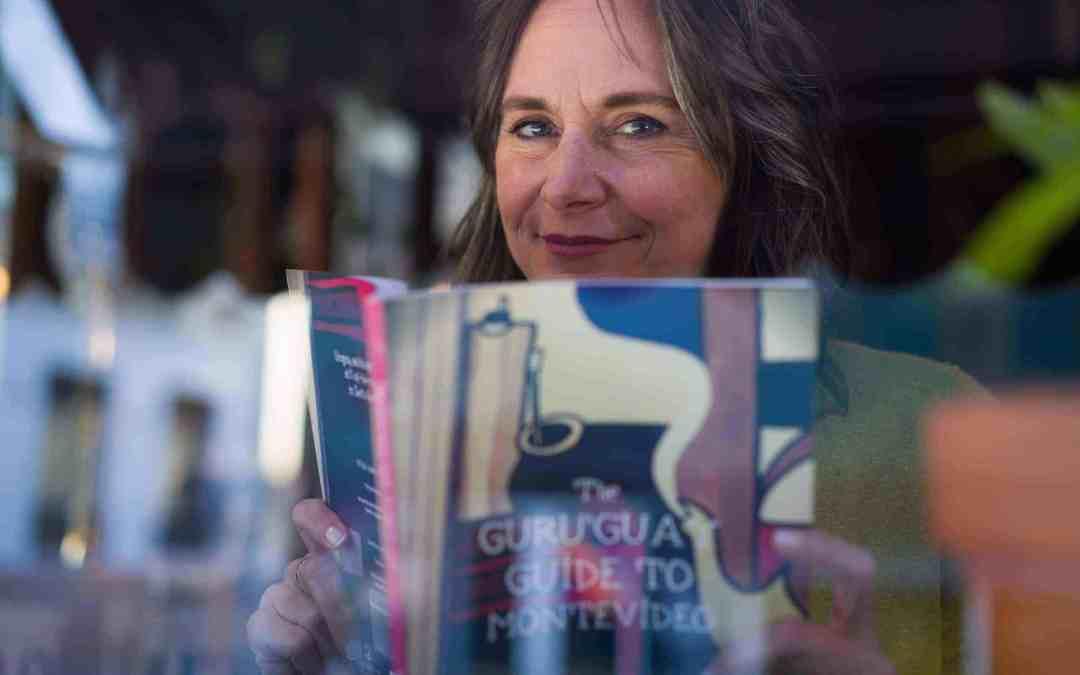 Karen Ann Higgs con sus publicaciones