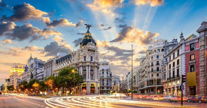 Madrid combina las compras con múltiples atractivos.