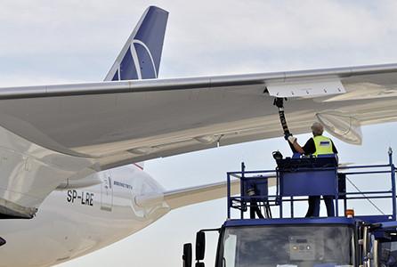Apuntan a mejorar la competitividad operativa de Uruguay como destino para las aerolíneas