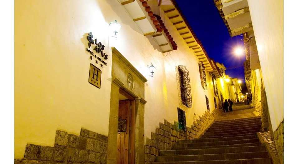 El hotel Los Apus se encuentra a tres cuadras de la Plaza de Armas de Cusco.
