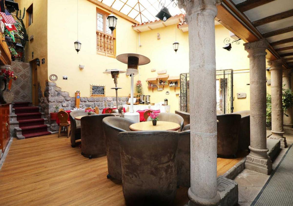 Un edificio restaurado del siglo XVII alberga el primer hotel de la cadena DOT en Perú.