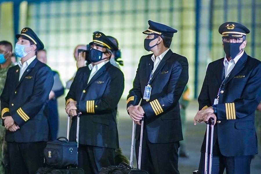 Pilotos de Aeroméxico. Foto: Sentido Común