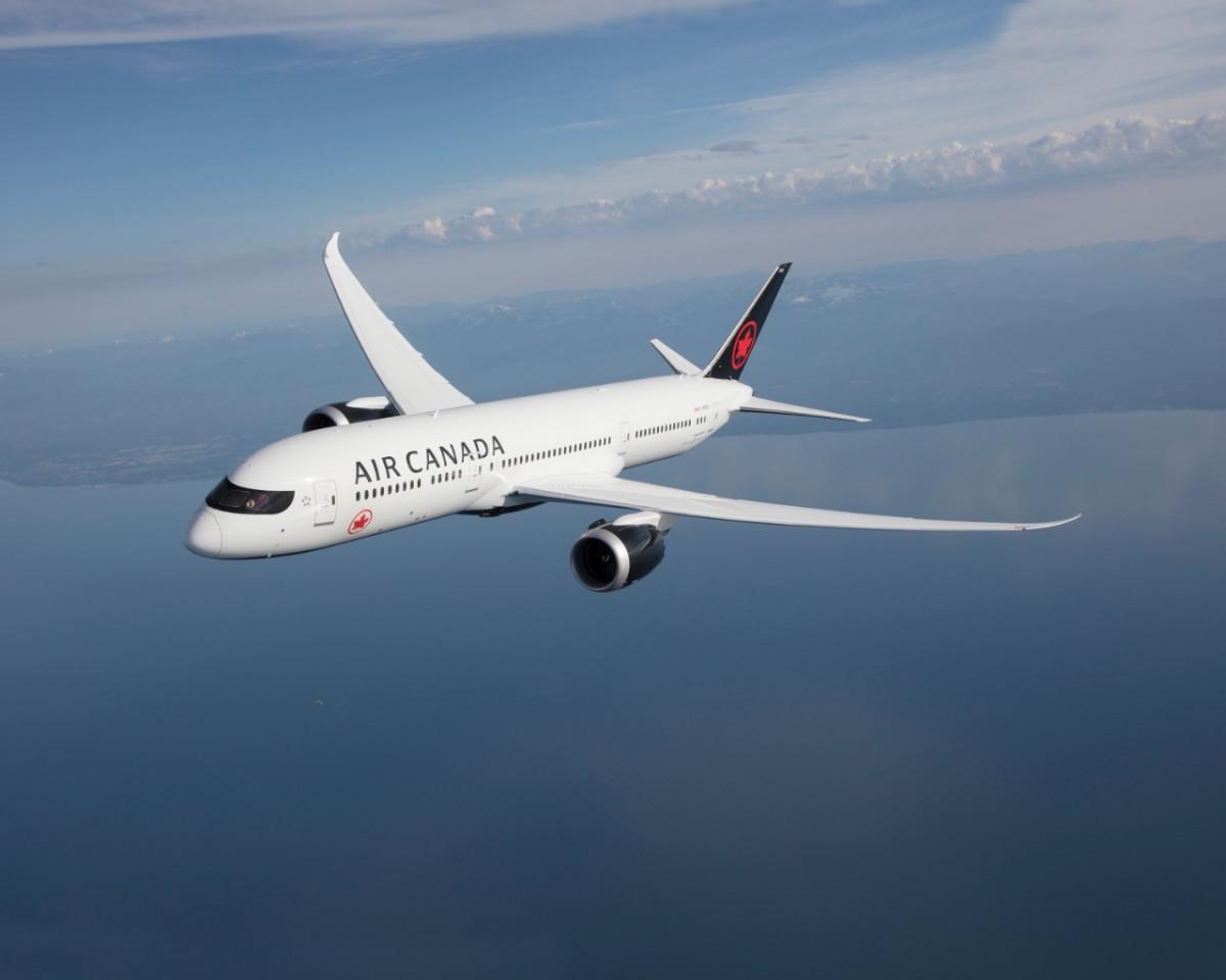 Air Canada recorta su malla internacional y deja cesantes a 1.500 empleados