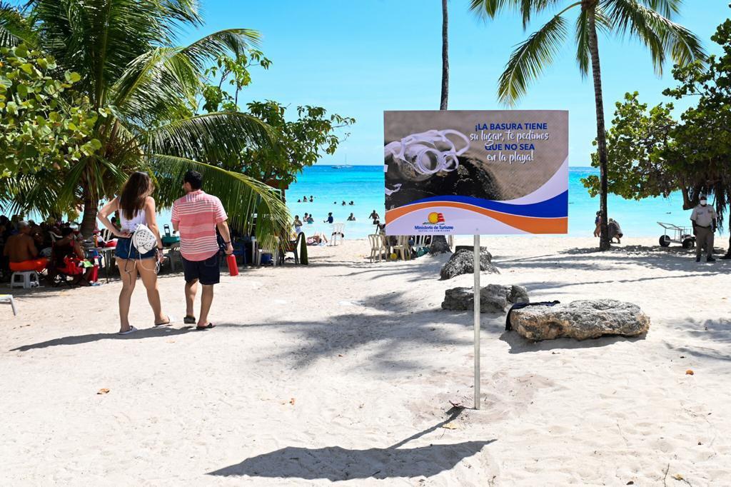 República Dominicana lanzó una nueva campaña de limpieza en las playas.