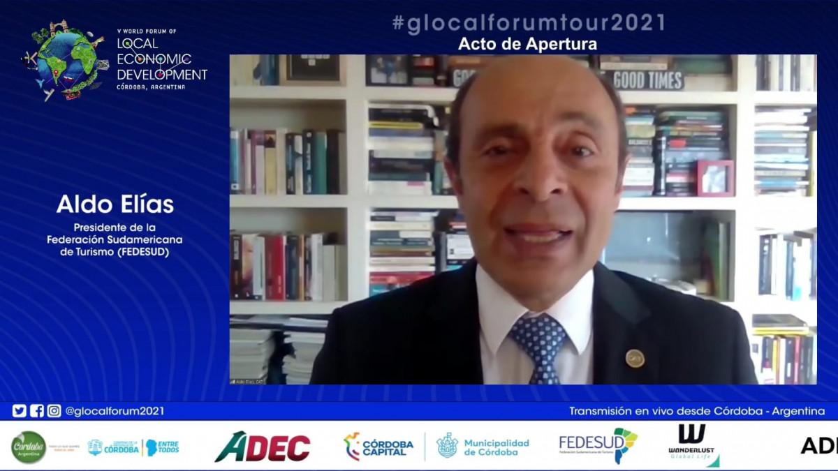 Aldo Elías, presidente de Fedesud y de la Cámara Argentina de Turismo en el Foro GLocal