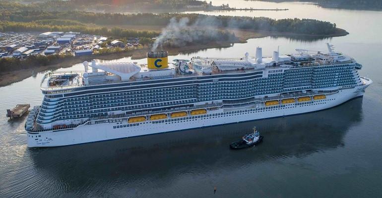 El flamante e inmenso Costa Smeralda, con capacidad para 6.700 pasajeros, será el barco estrella de la temporada.
