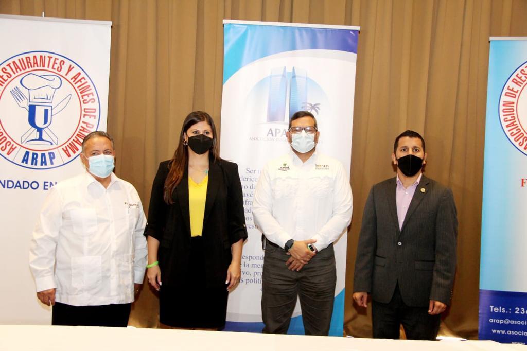 Asociaciones y autoridades coordinaron la vacunación.