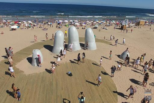 Los Dedos, Playa Brava de Punta del Este. Foto: Intendencia de Maldonado